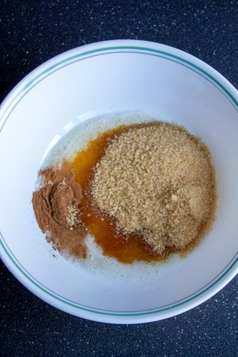 Added cane sugar, salt, cinnamon to the whipped egg white